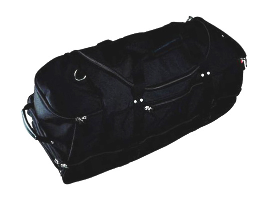 Спортивная сумка с металлическими замками