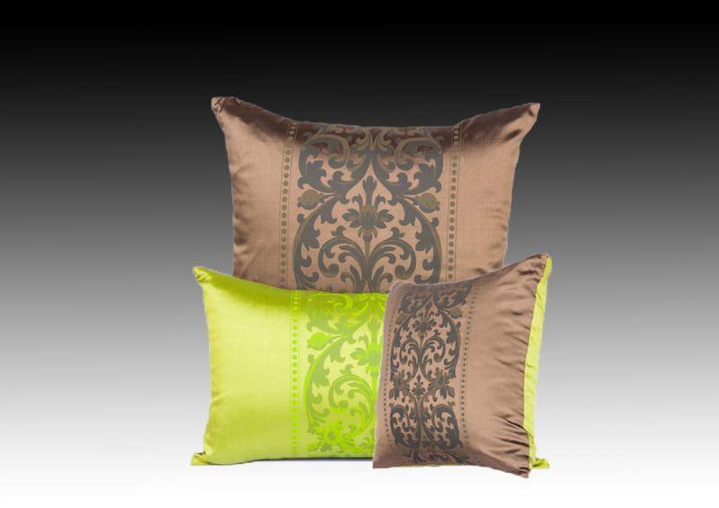 Декоративные подушки и наволочки из шелка