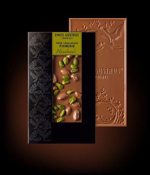 Шоколад с фисташками