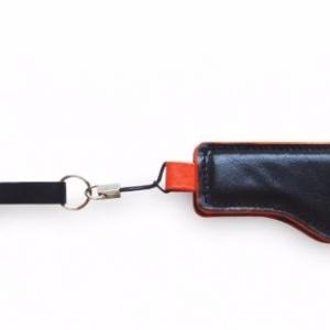 Компактная кожаная ключница