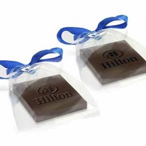 Фирменные конфеты с бантом