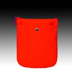 Красное портмоне из шелка