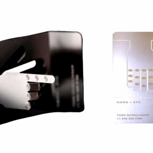 Оригинальные визитные карточки из металла, шелкография и гравировка