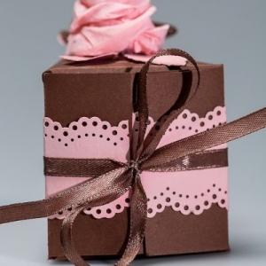 Картонные торты под бумажные купюры