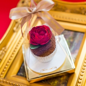 Шоколадное пирожное из махрового полотенца