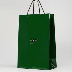 Фирменный пакет с кожаными ручками
