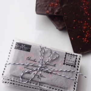 Клубничный шоколад в конверте