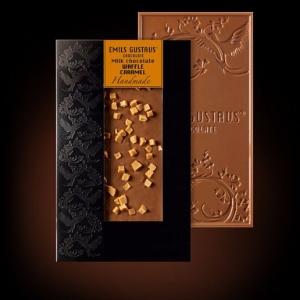 Шоколад с карамелью и вафлей