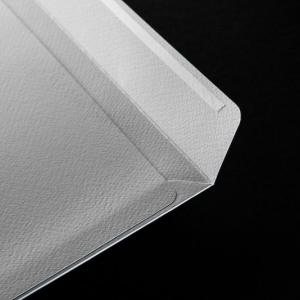 Фирменный конверт из плотной дизайнерской бумаги