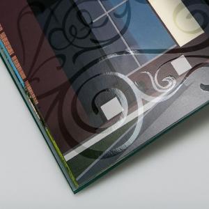 Рекламный каталог с выборочным УФ-лакированием