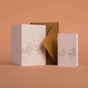 Памятные открытки с дизайном компании для праздника