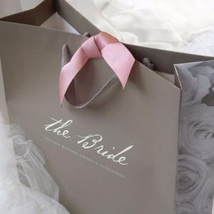 Фирменный пакет для свадебного салона