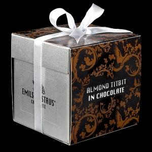 Подарочная коробочка для миндаля в шоколаде