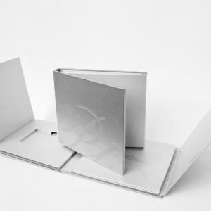 Универсальная упаковка для платиновых банковских карт