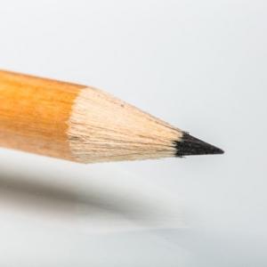 Простые карандаши круглой формы