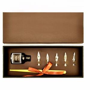 Подарочный набор с металлической перьевой ручкой