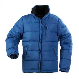 Синяя дутая куртка