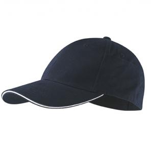 Черная бейсболка