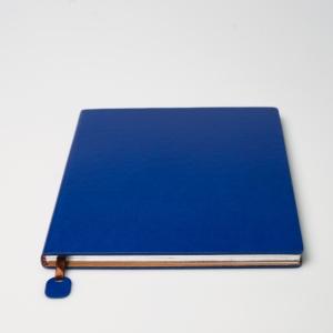Квадратный синий ежедневник из экокожи