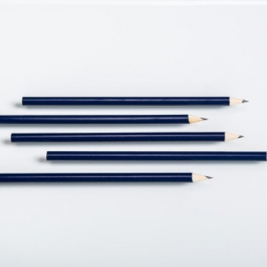 Простые карандаши синего цвета