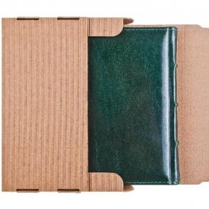 Кожаный ежедневник в защитной упаковке
