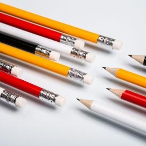 Разноцветные простые карандаши на заказ