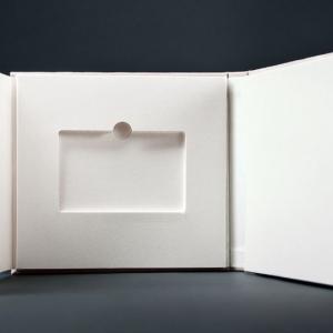 Корпоративная упаковка для пластиковых клубных карт