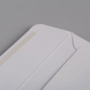 Бумажный конверт с клапаном